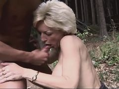 Mature gets cum in mouth outdoor