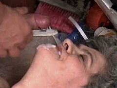 Granny fucks on floor n gets facial