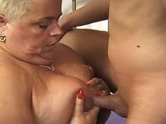 Horny fat granny titsfucked by guy