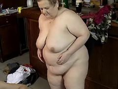 Chubby mature whore fucks on floor